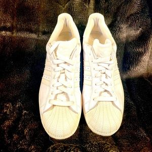 WHITE ADIDAS MENS BASKETBALL SNEAKERS SIZE 14